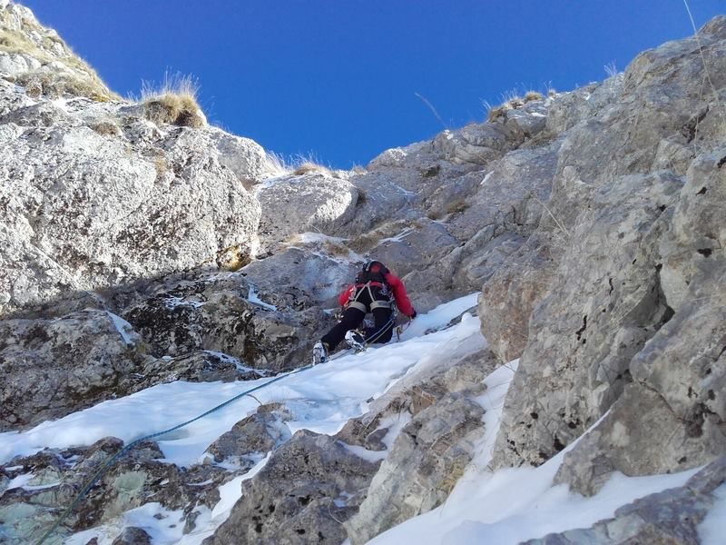 Tzoumerka mixed climbing